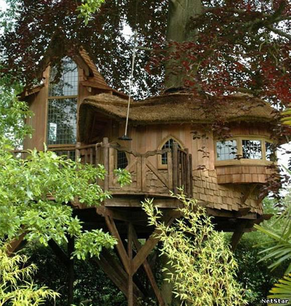 Tiny houses and tree house villages: eco houses and ...